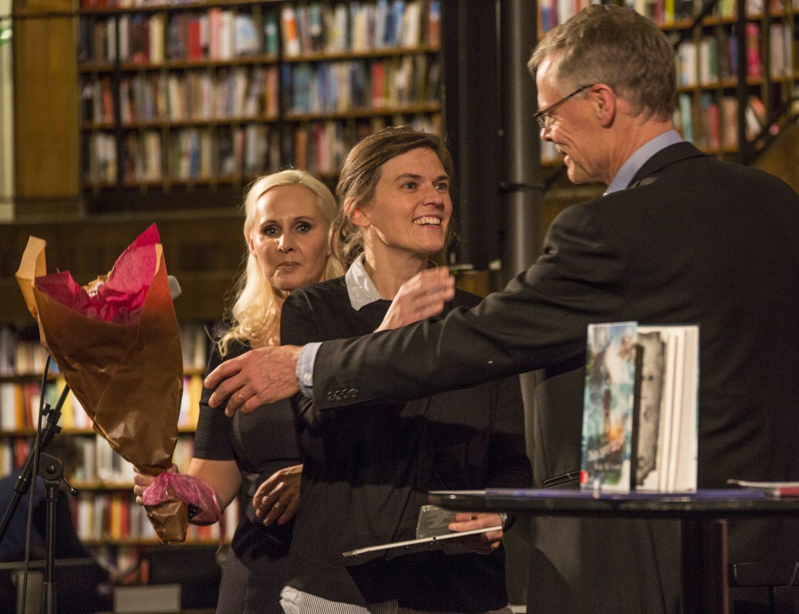 Frida Nilsson får Nils Holgersson-plaketten 2016